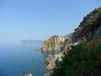 The Blue Path - Via dell'Amore, view over the station of Manarola, 4320x3240, 1.19 MB