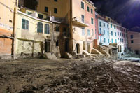 Disaster - Vernazza, 25.10.2011, 1280x854, 0.44 Mb