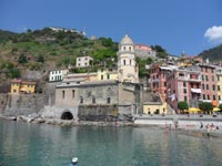Vernazza - Church of St. Margaret of Antioch, 4320x3240, 1.84 MB